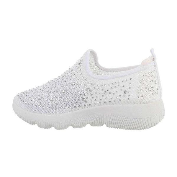 White-sneakers-591168