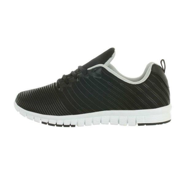 Sport-shoes-563681
