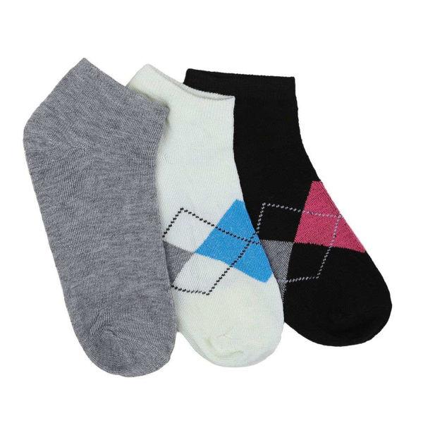 12-pairs-of-womens-socks-523539