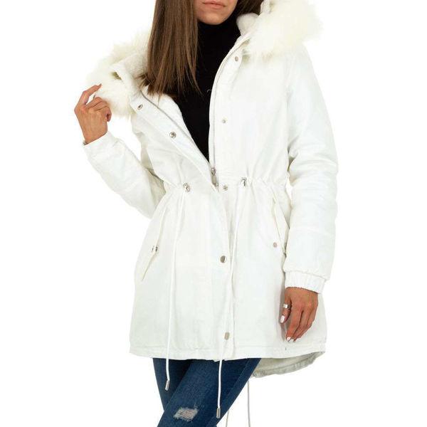 White-parka-593665