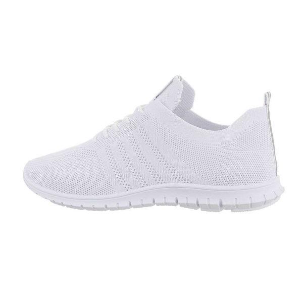 White-sportshoes-595441