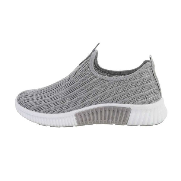 Grey-sportshoes-595137
