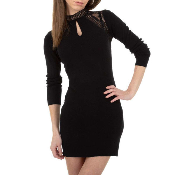 Short-black-dress-592786