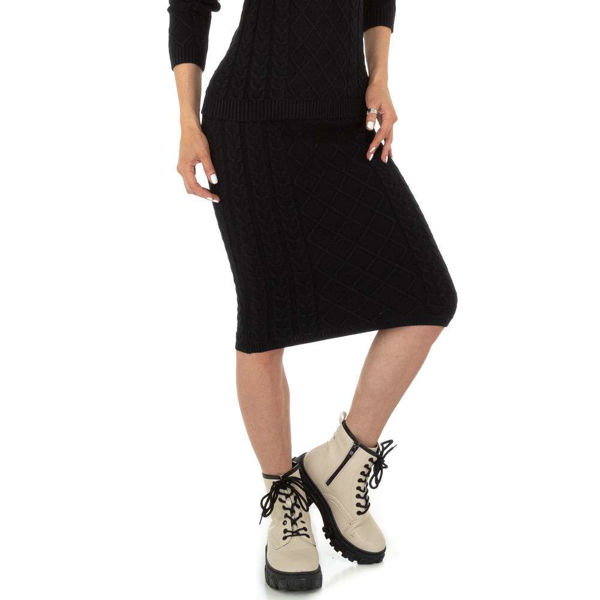 Black-midi-skirt-593697