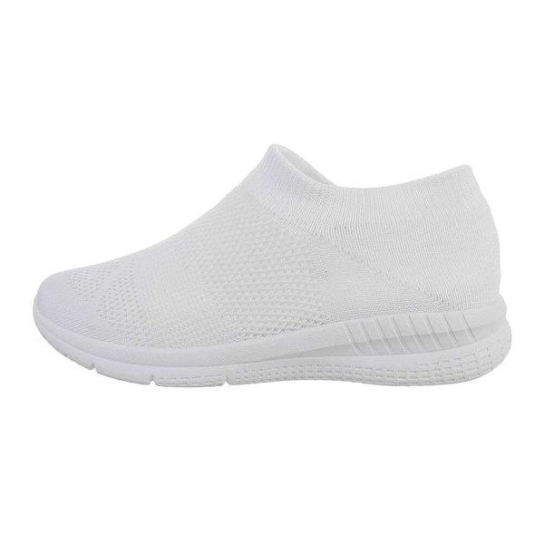 White-sneakers-589957