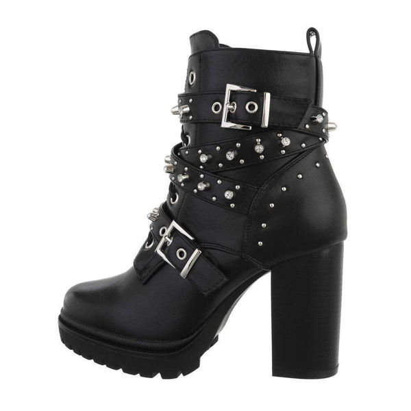 High-Heeled-boots-574176