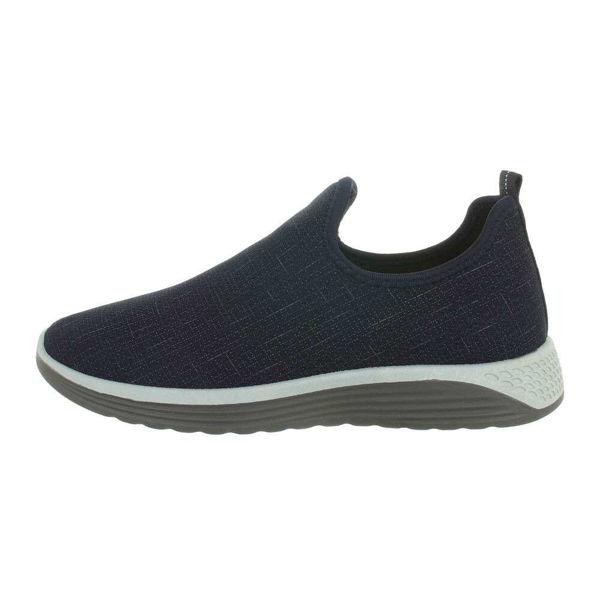 Dark-blue-sneakers-562598