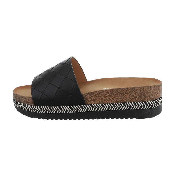 Black-mules-with-thick-soles-596666