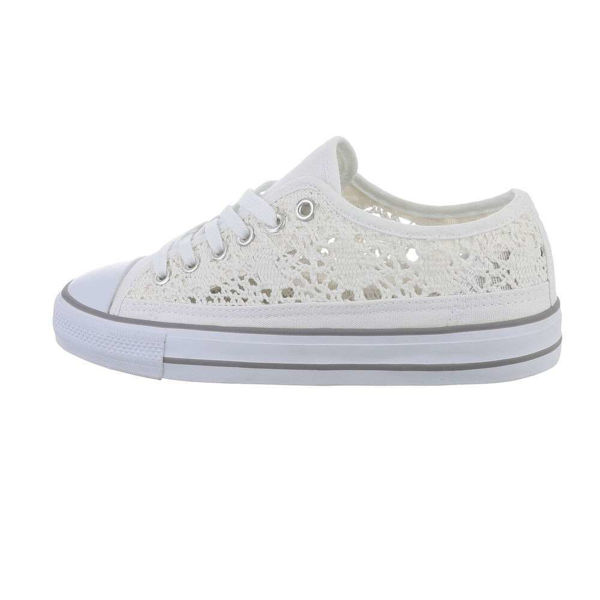 White-low-sneakers-590093