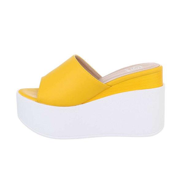 Yellow-platform-slides-545975