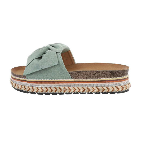 Green-slides-with-a-tie-594985