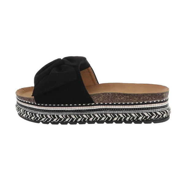 Black-slides-with-a-tie-594961