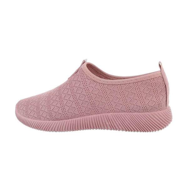 Pink-sportshoes-593093