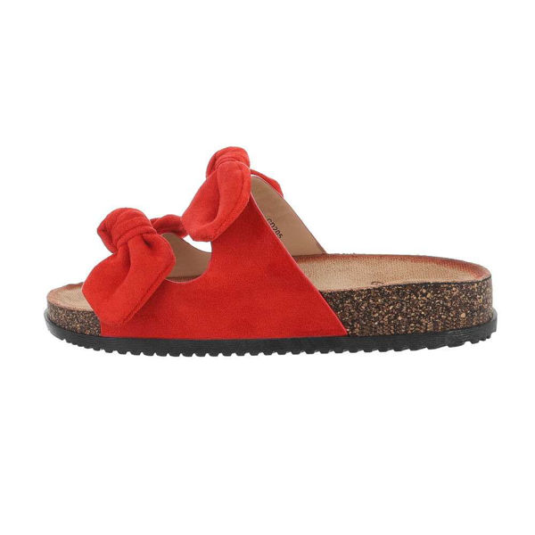 Red-slides-with-ties-597342
