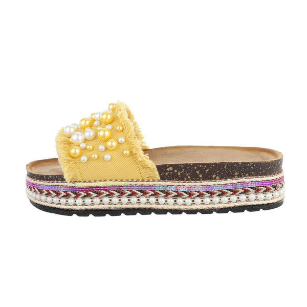 Yellow-slides-with-pearls-571209