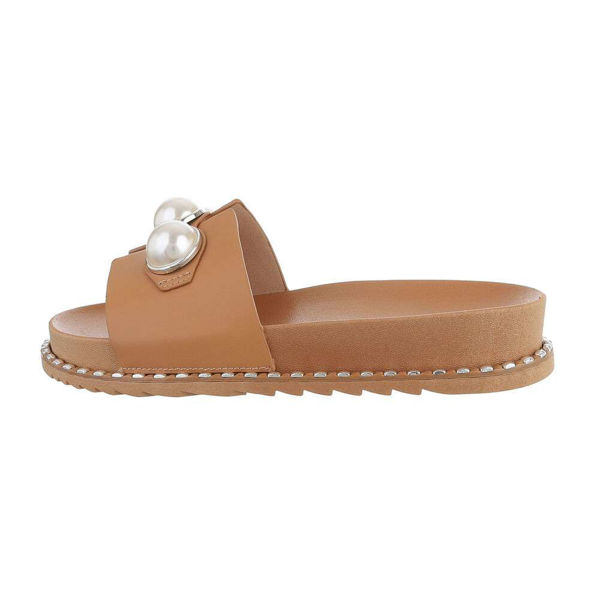 Light-brown-slides-with-pearls-594433