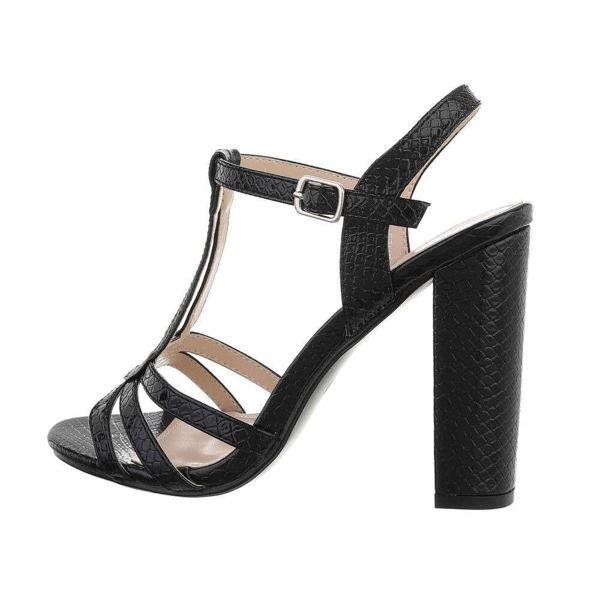 Black-High-Heels-572085