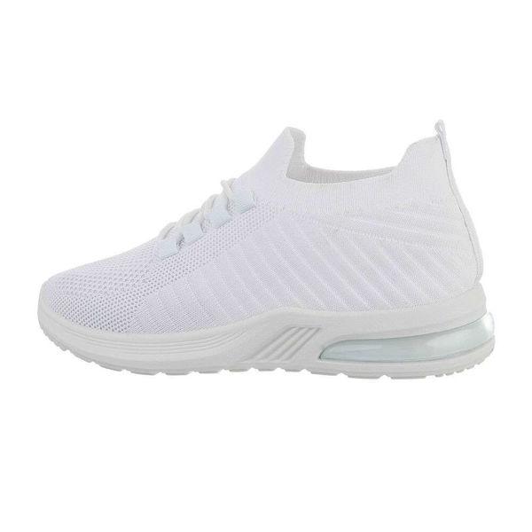 White-sportshoes-593229