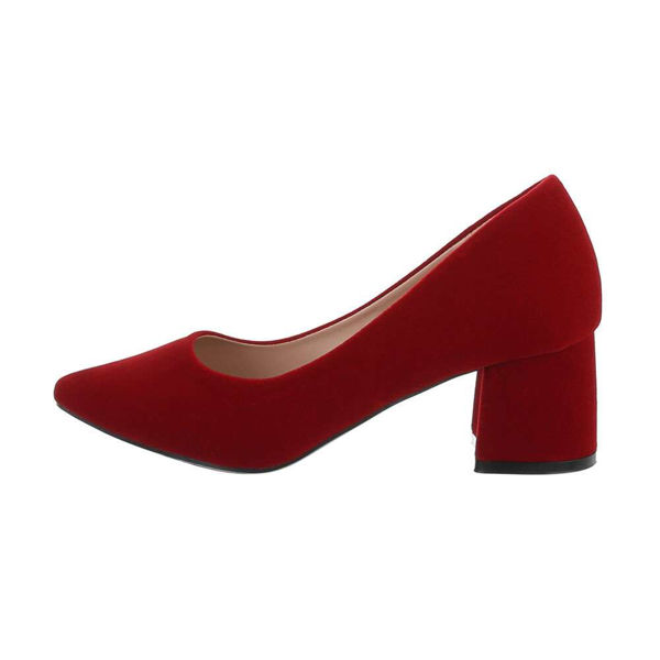 Classic-red-pumps-557840