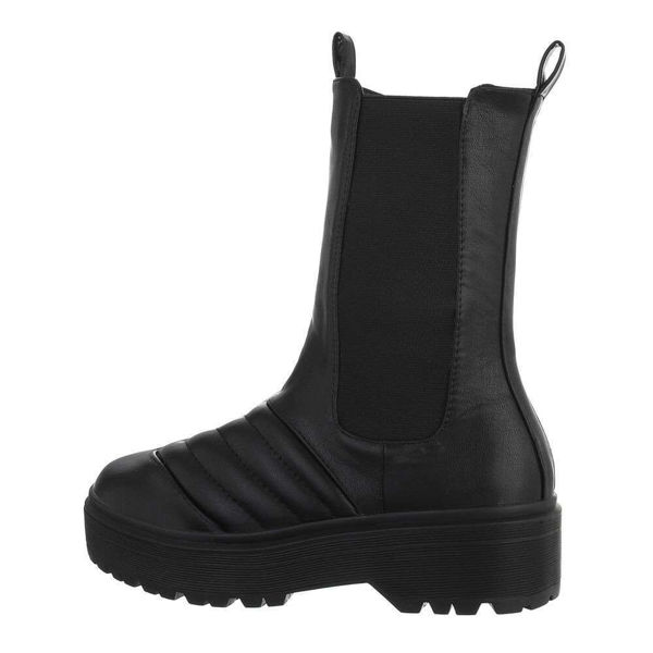 Womens-black-ankle-boots-587441