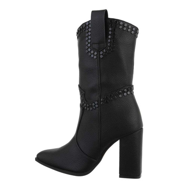 Womens-white-ankle-boots-587259