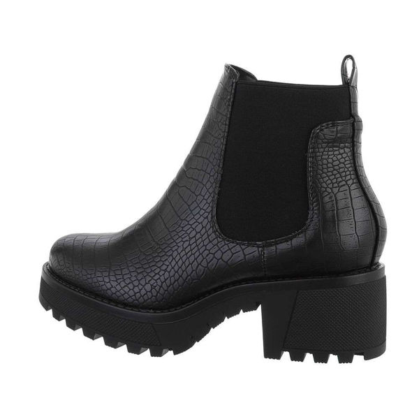 Womens-black-ankle-boots-578588