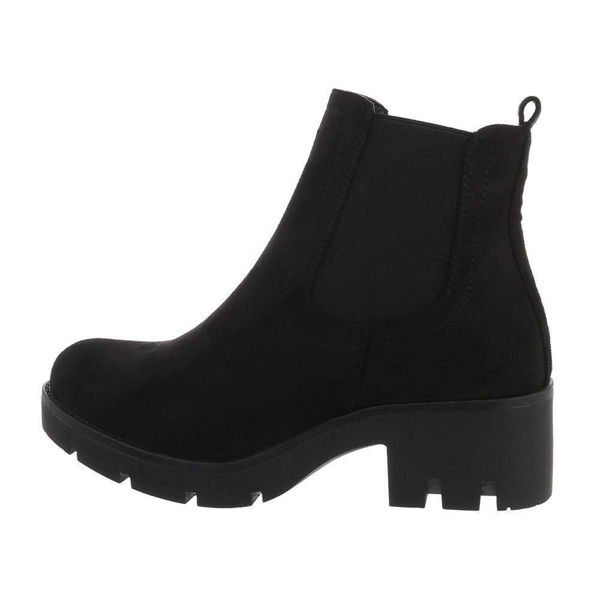 Womens-black-ankle-boots-547801