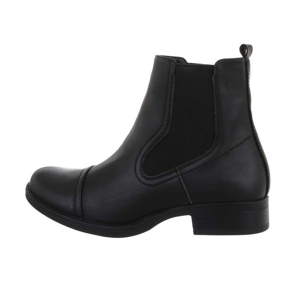 Womens-black-ankle-boots-540189