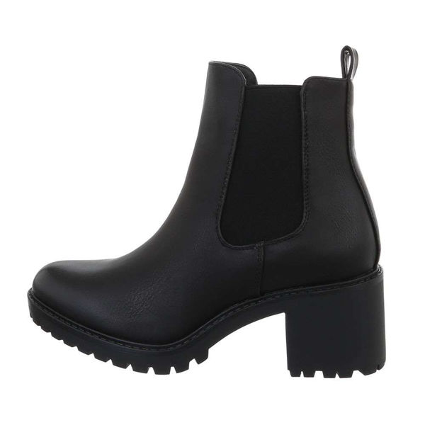 Womens-black-ankle-boots-540141