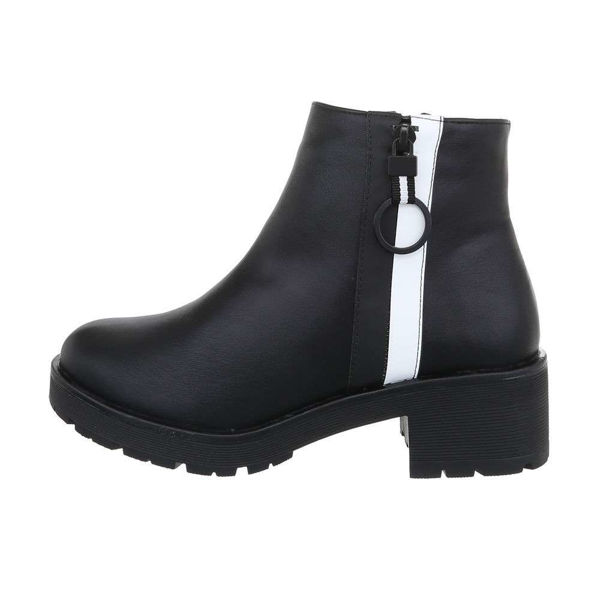 Womens-black-ankle-boots-524628