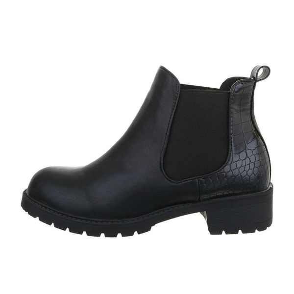 Womens-black-ankle-boots-520949