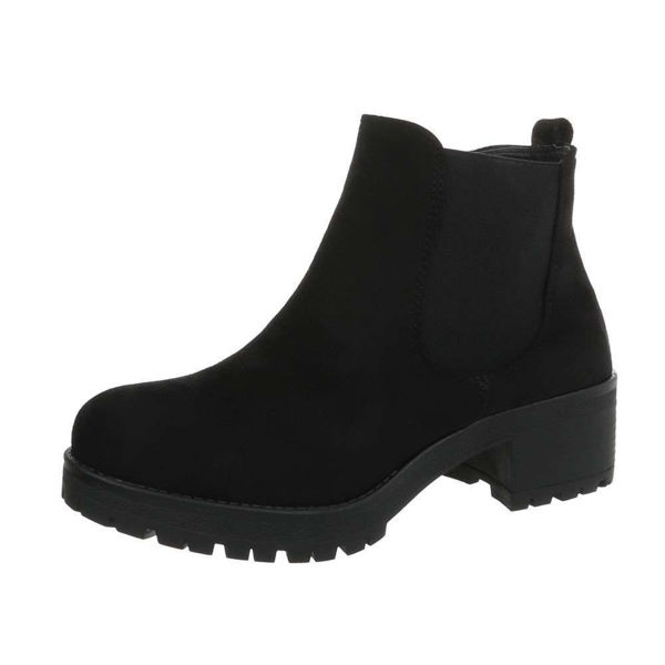 Womens-black-ankle-boots-471947