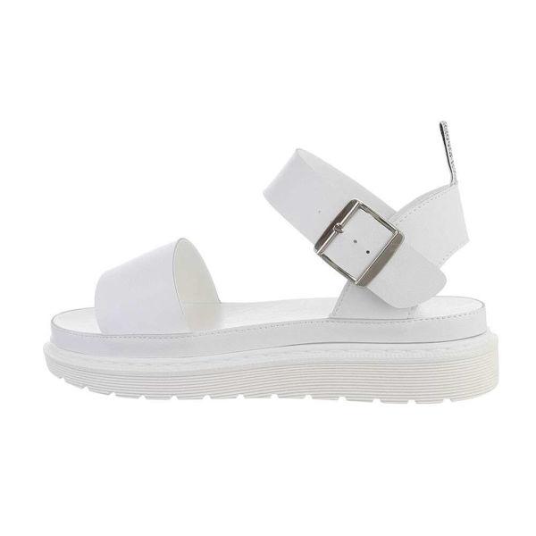 Valged-sandaalid-604226