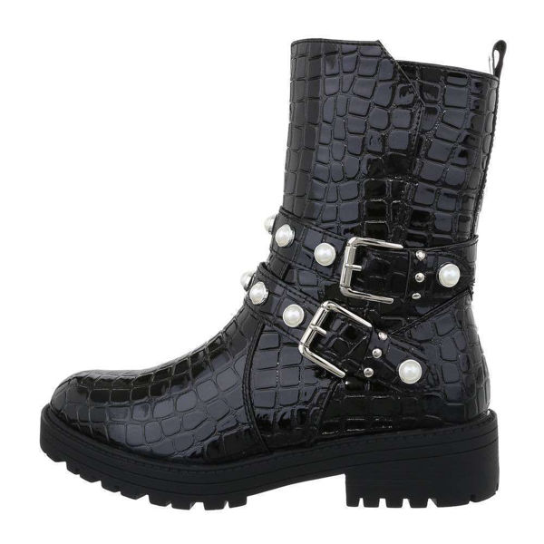 Womens-black-ankle-boots-538352