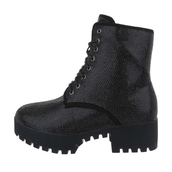 Womens-black-ankle-boots-533541