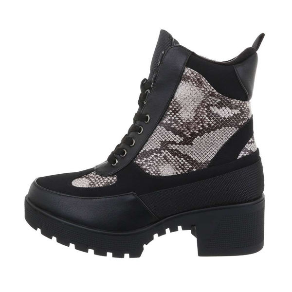 Womens-black-ankle-boots-532387
