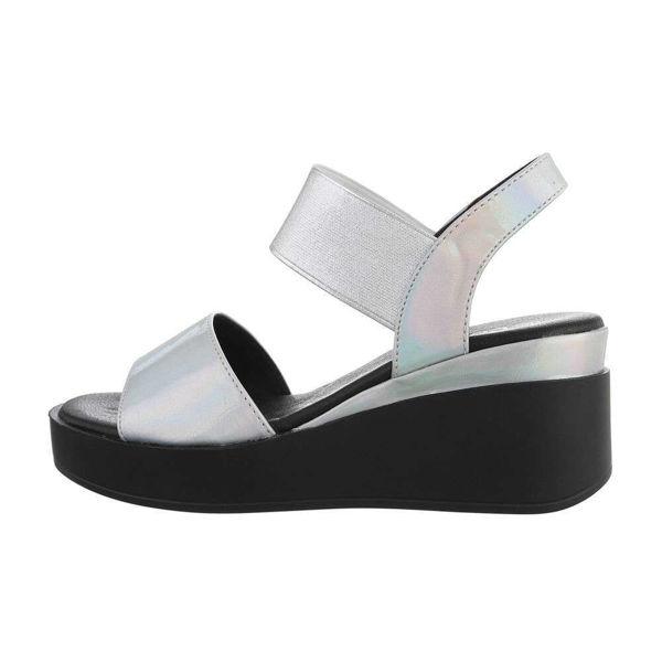 Hobedased-sandaalid-604346