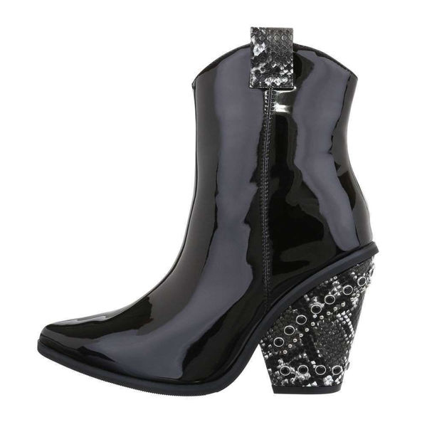 Womens-black-ankle-boots-538632