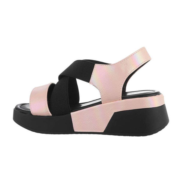 Paksu-tallaga-roosad-sandaalid-602285