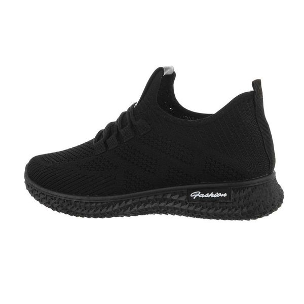 Womens-black-sportshoes-595345