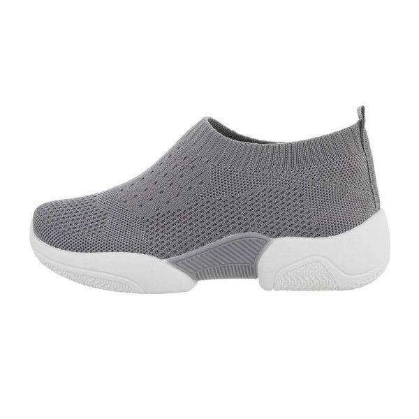 Womens-grey-sportshoes-590117