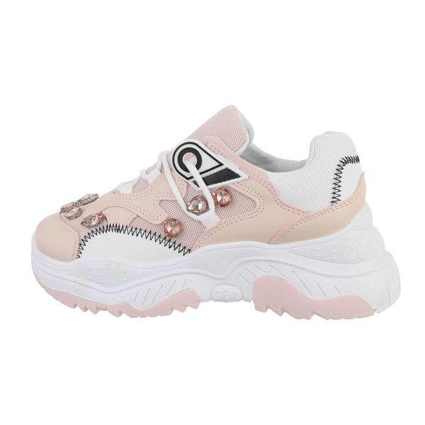 Womens-pink-sportshoes-579022