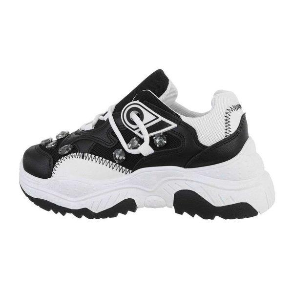 Womens-black-sportshoes-579014