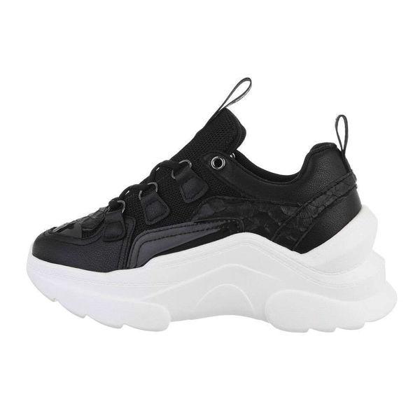 Womens-black-sportshoes-578796