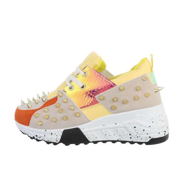 Womens-yellow-sportshoes-565580