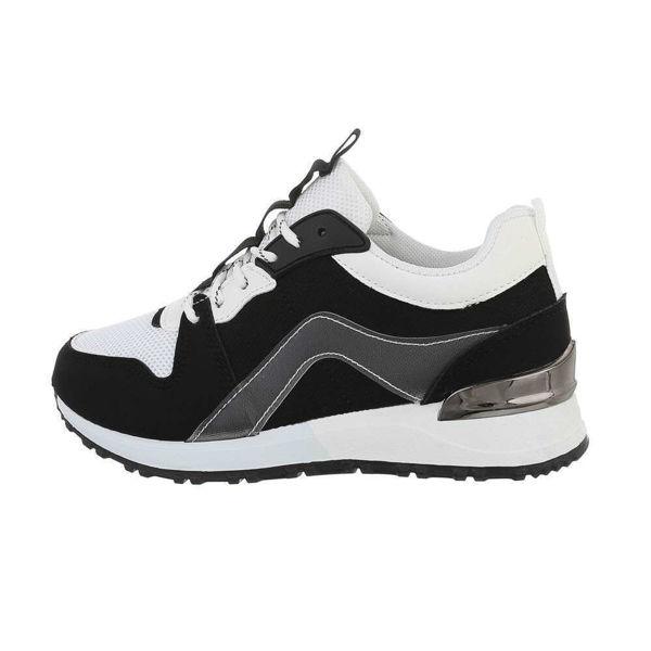 Womens-black-sportshoes-560459