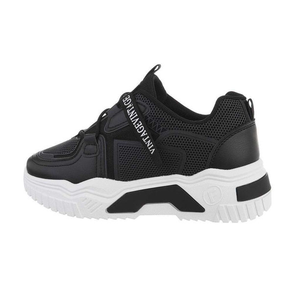 Womens-black-sportshoes-597454