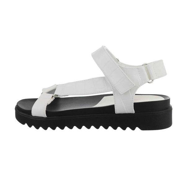 Valged-sandaalid-611480