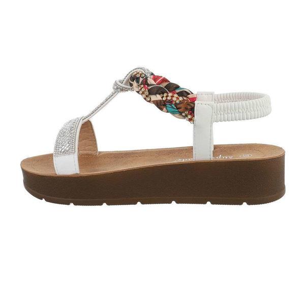 Valged-sandaalid-600950