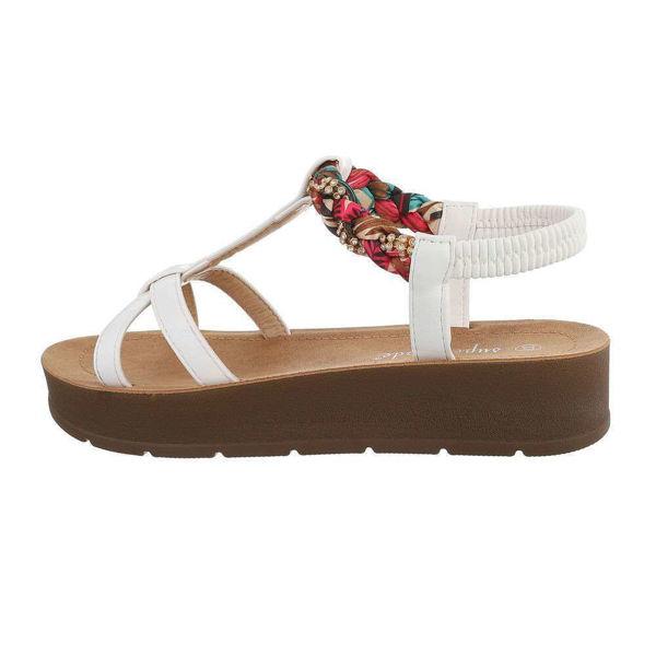 Valged-sandaalid-612527